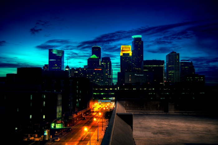 minneapolis_skyline_at_dusk_by_thesalmonthief