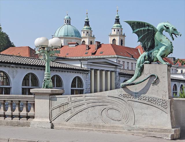 L'art Nouveau a Ljubljana by Jean-Pierre Dalbera