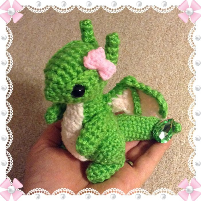 custom_order___august_dragon_w__bow_in_oct_s_pose_by_amaze_inghats