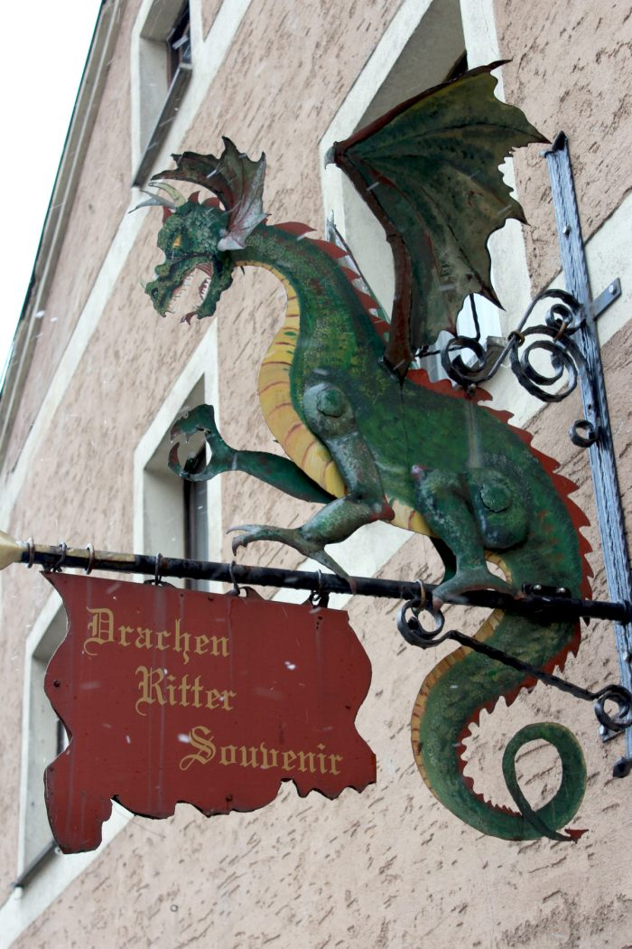 Drachen Ritter Souvenir Shop in Furth im Wald by S.A. Zolinger