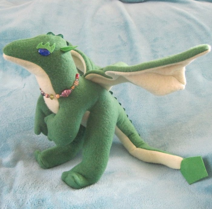 peridot_the_stuffed_dragon_by_skylanth