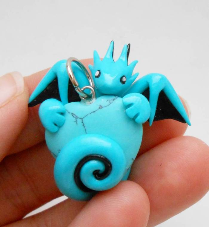 turquoise_dragon_heart_pendant_by_micrackin